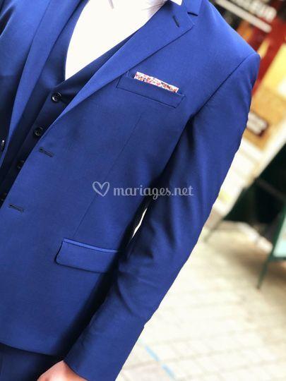 Costume bleu anglais