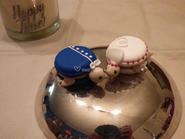 Cake topper turtle
