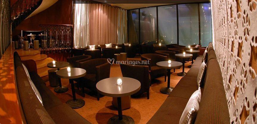 Bar chic et espace glamour