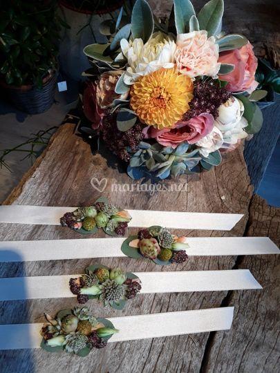 Bouquet de mariée et bracelets
