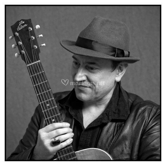 Terry Brisack - Guitariste