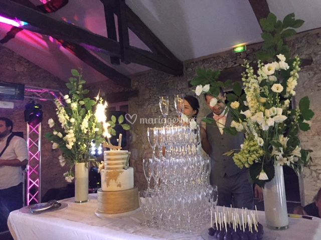 Wedding cake et champagne
