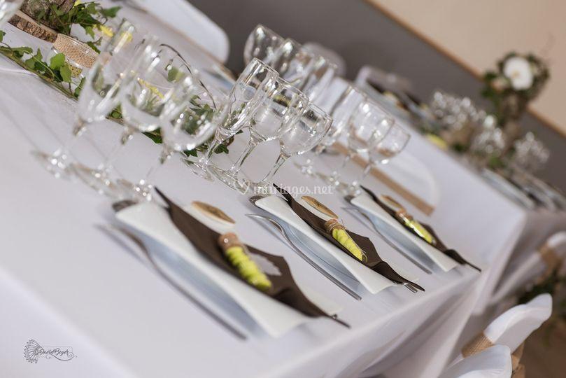 """Table """"Tout naturellement..."""""""
