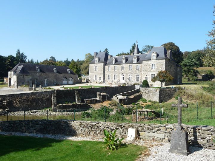 Château et ses  écuries