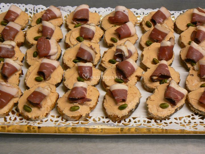 Toasts au foie gras et magret