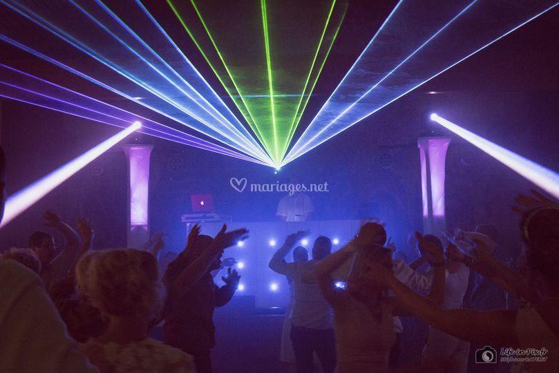 Show laser