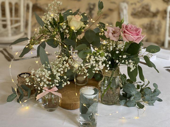 Ensemble de vases fleuris