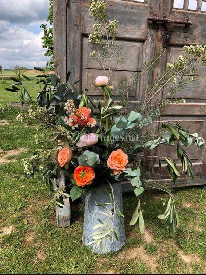 Broc zinc fleuri