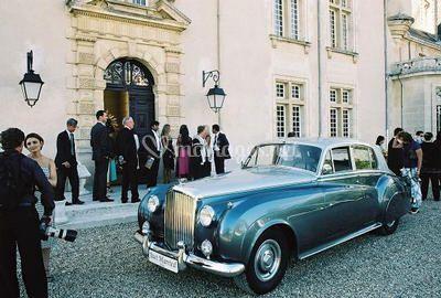 bentley palace location de voiture collector bordeaux de bentley palace photo 3. Black Bedroom Furniture Sets. Home Design Ideas
