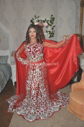 Caftan rouge crystal