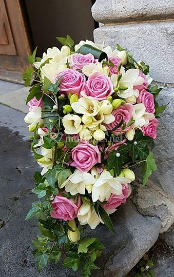 Bouquet semi retombant