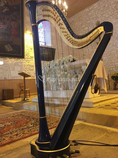 Harpe à l'autel