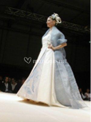 Robe de mariée touches de bleu