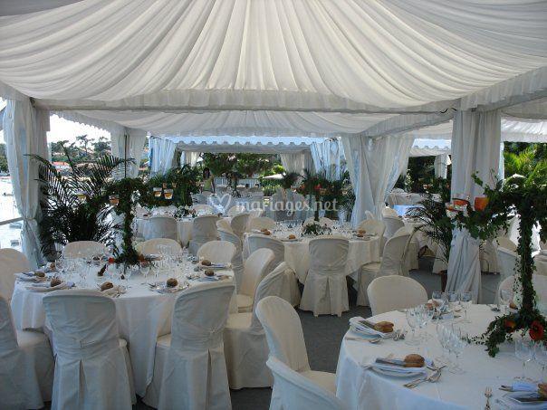 Mariage tables de 8 sous Garden Cottage