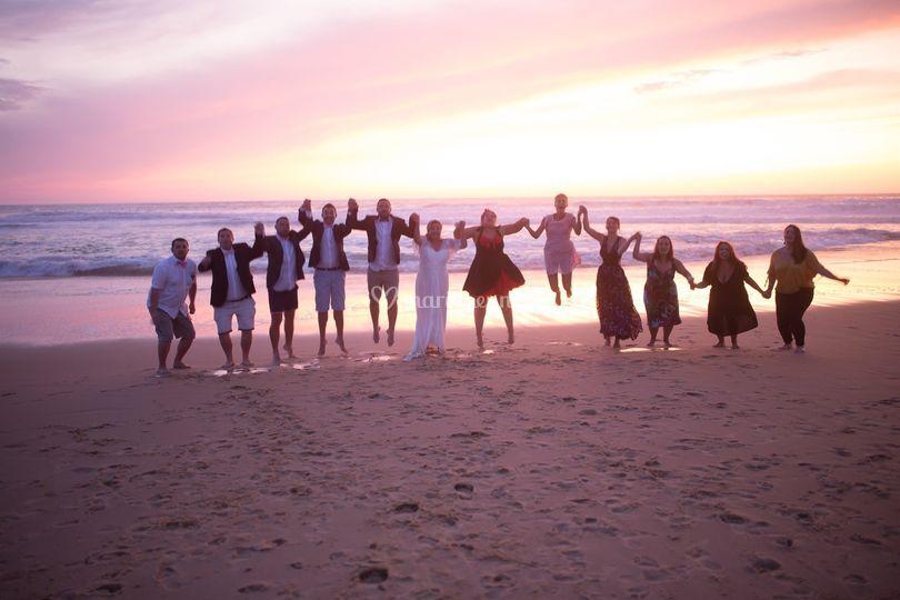 Groupe avec mariés