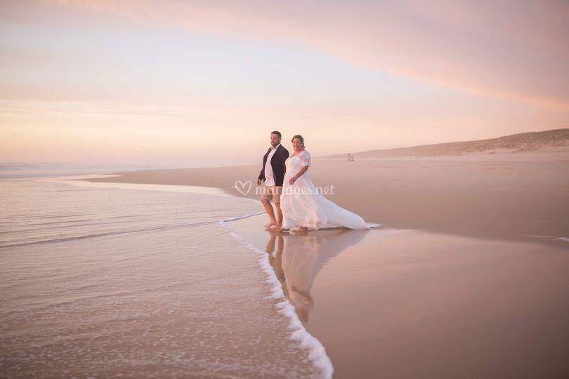 Couple mariés plage