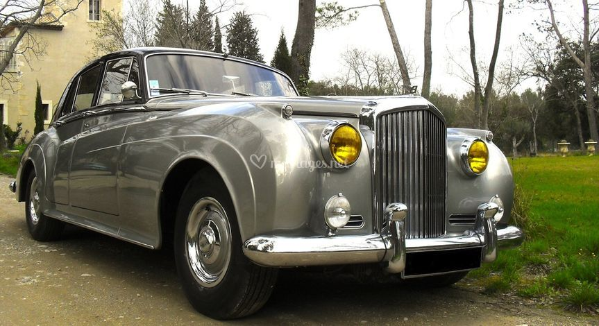 AG Cars. Bentley S1