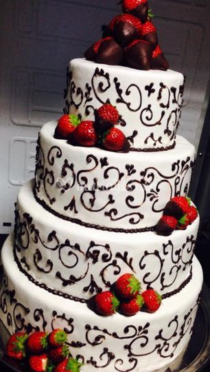 Wedding cake fraises