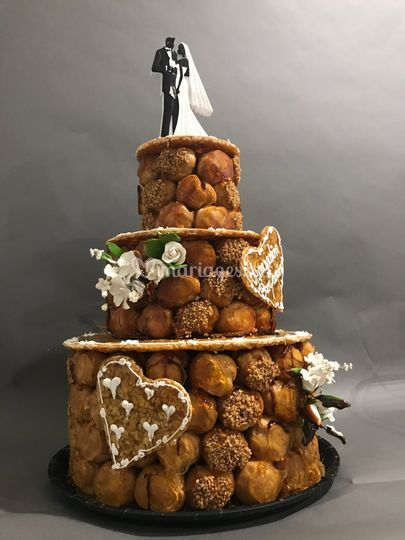 Wedding cake croq en bouche