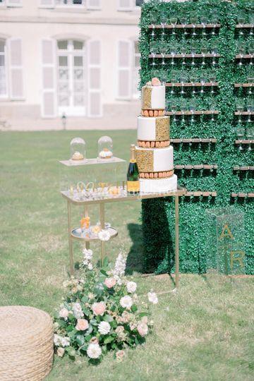 Weddingcake & champagne
