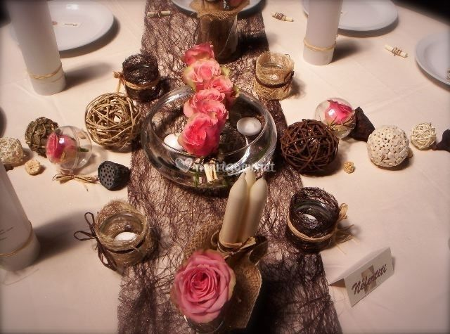 d coration pour un mariage ivoire et chocolat. Black Bedroom Furniture Sets. Home Design Ideas