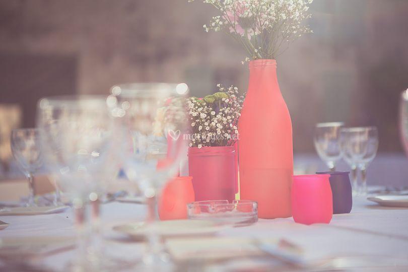 Centre de table mariage fluo