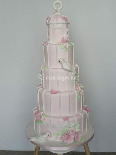 Wedding cake cage à oiseaux