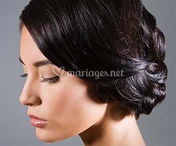 si vous avez envie dune belle cascade de cheveux ou dun chignon majestueux pour votre coiffure de marie il vous faudra absolument avoir les cheveux - Postiche Chignon Mariage