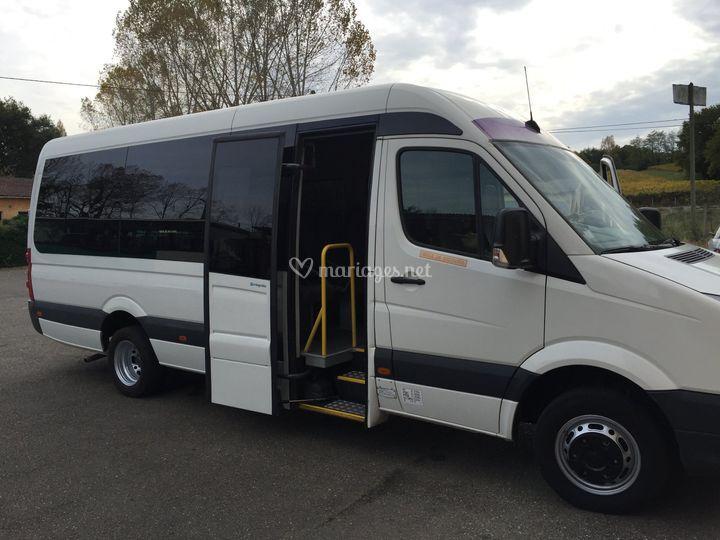 Minibus 22 passagers