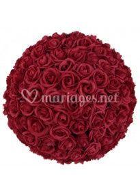 Boules de roses rouges