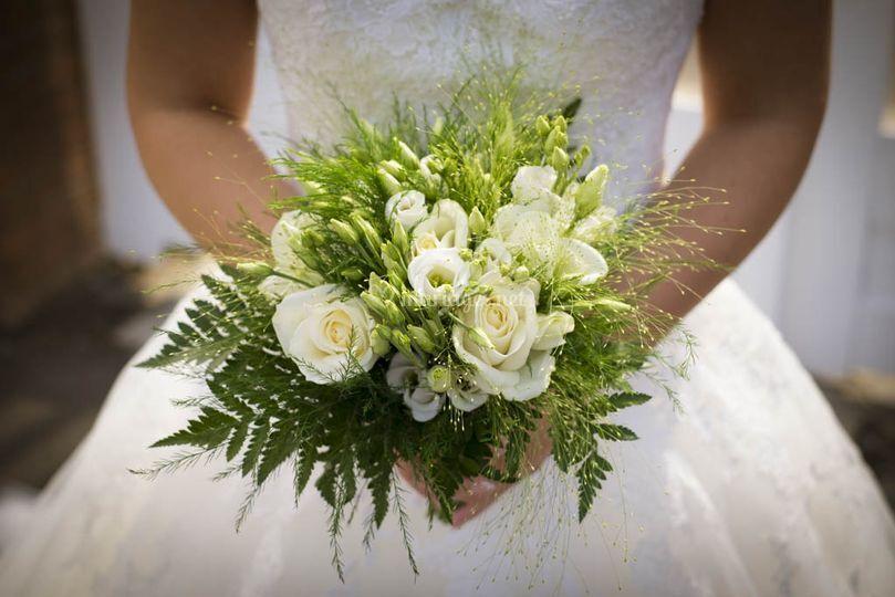 Bouquet champêtre blanc
