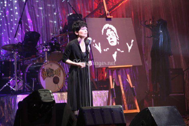 Artiste chanteuse peint Piaf