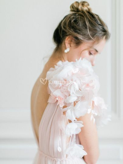 Détail de robe de mariée