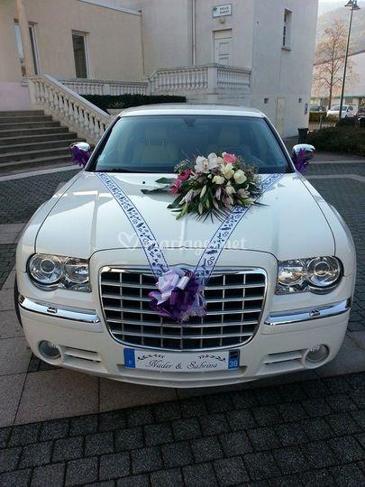 Chrysler 300 C blanche