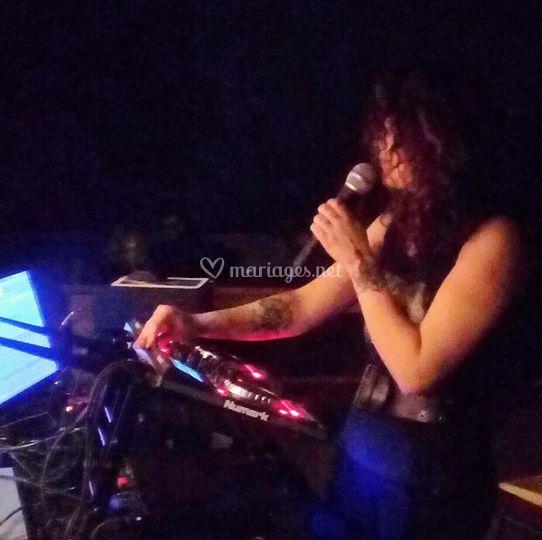 DJ AbeLLa