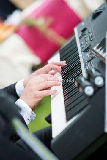 Mes mains au clavier