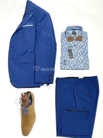 Costume bleu royal
