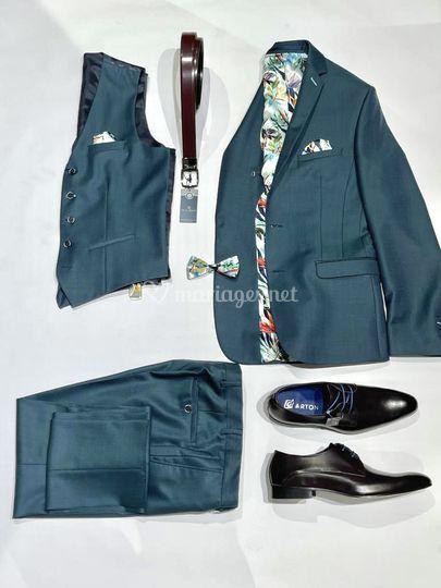 Costume vert et accessoires