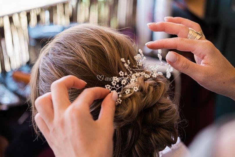Pose bijoux de cheveux