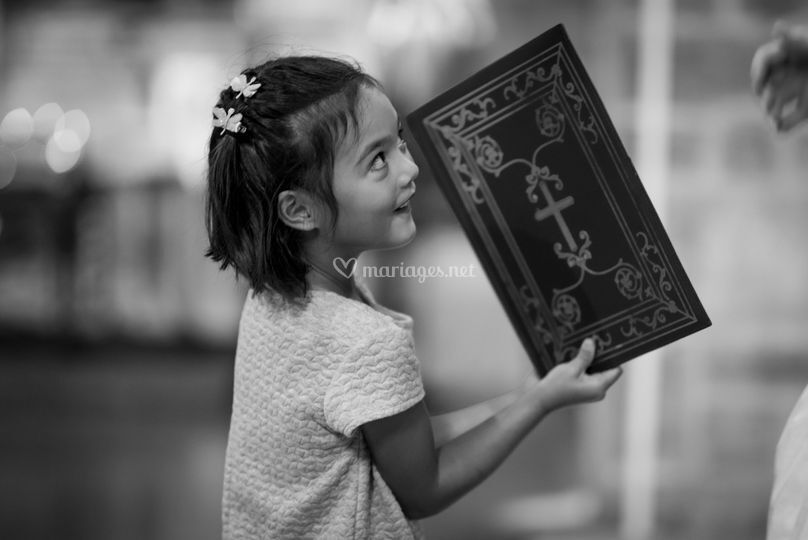 Porte bible humain