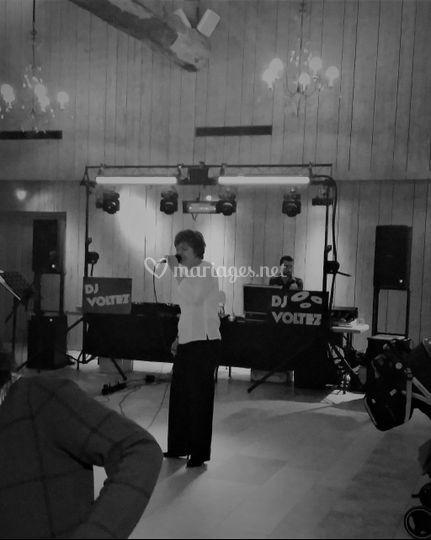 Avec DJ Voltez