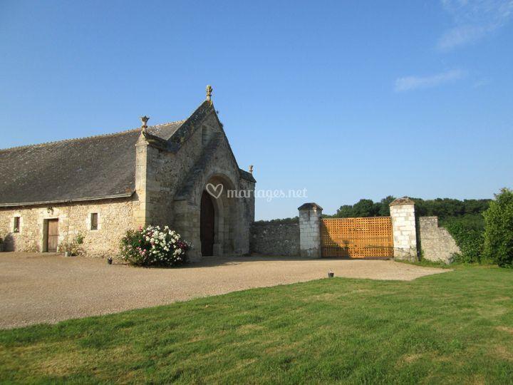 Entrée et portail du prieuré