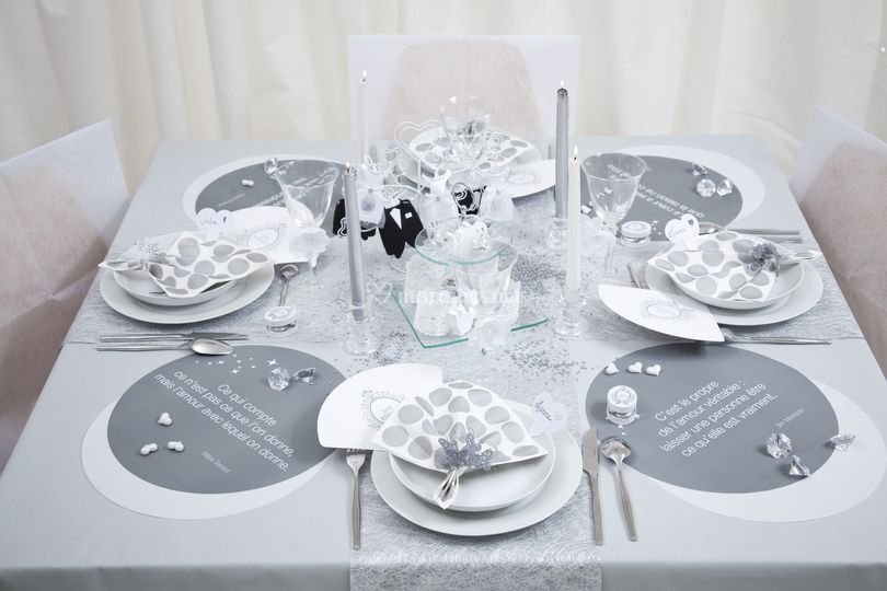 Table Just Married
