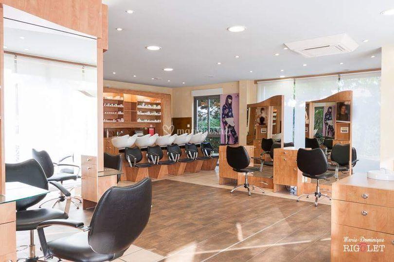 Salon Signature by coiffeurs