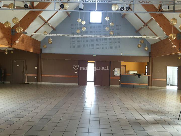 Salle Brugny avant déco