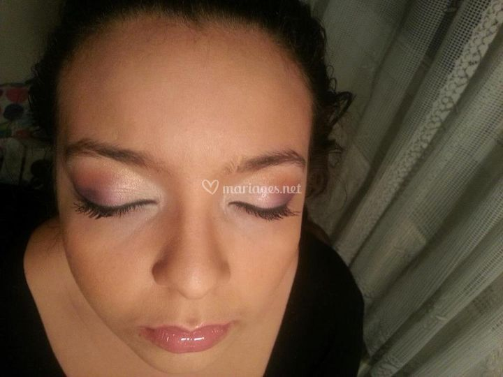Make up violet rose saumon or