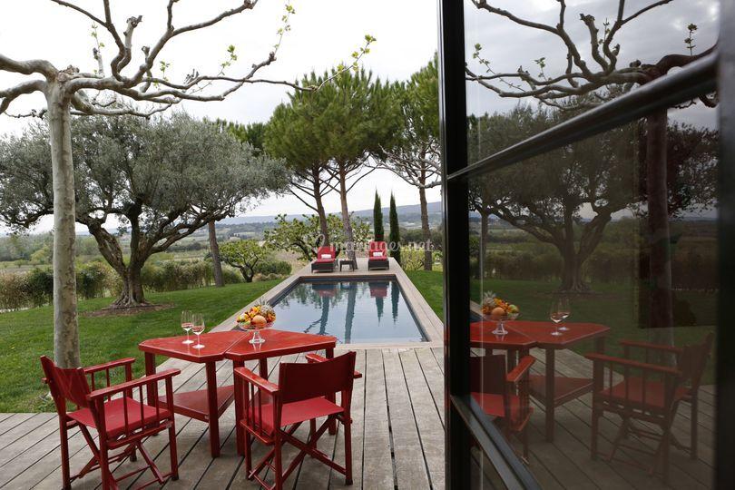 maison rouge sur domaine des andols - Domaine Des Andeols Mariage