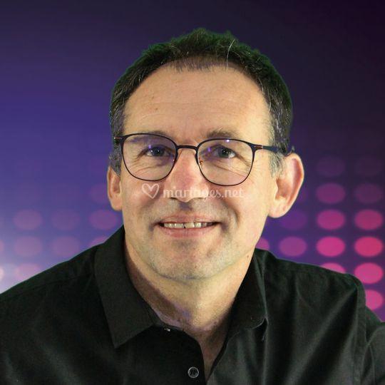 Laurent, Animateur-DJ