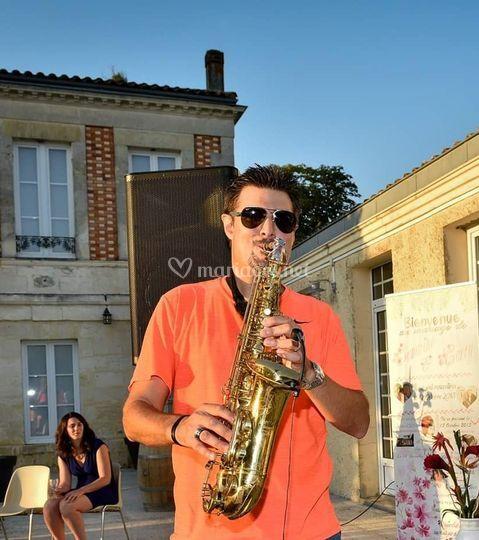 Sax performer