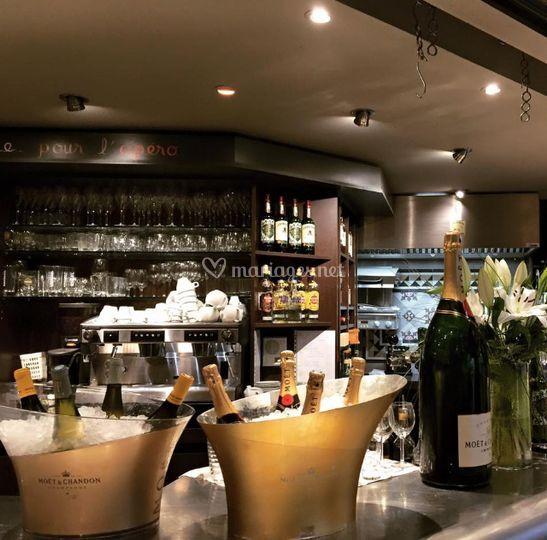 Un service de bar